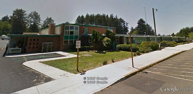 Oceanlake Elementary Lincoln City Google Earth image