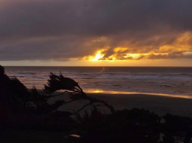 Sunset View from Cliff House B&B, Waldport Glen Weaver photo