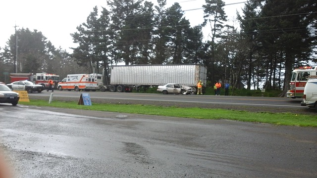 Rear-ender across from Agate Beach Market on 101 this morning.