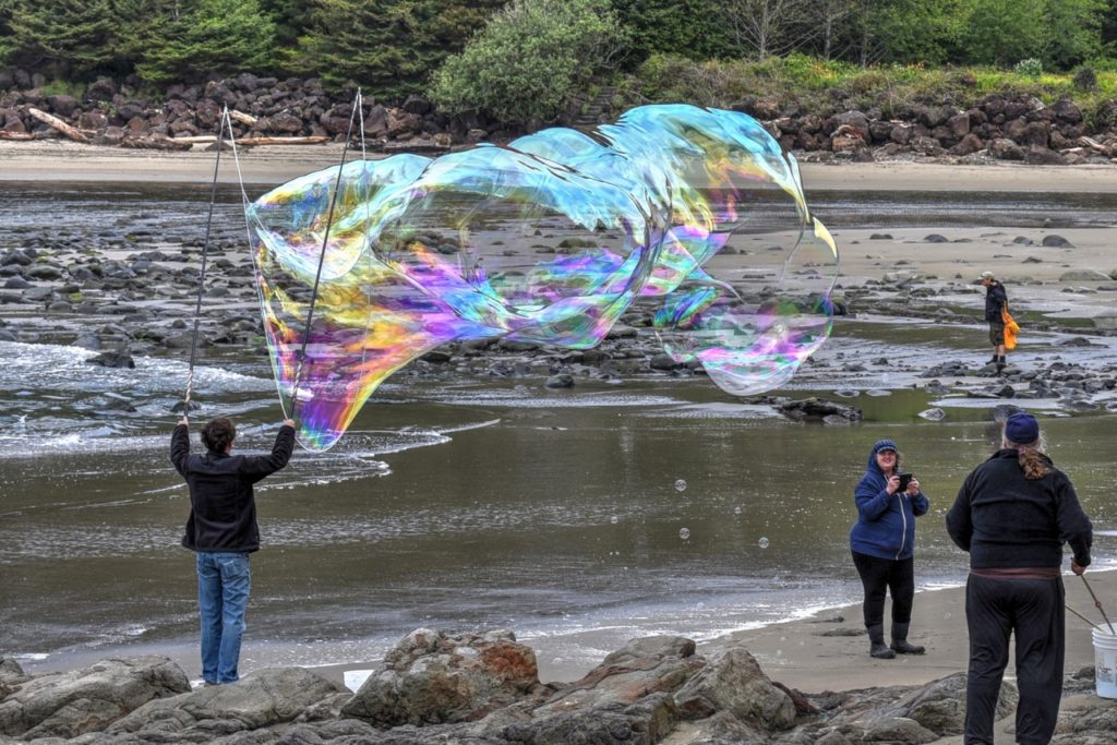 """A """"Bubba"""" of a bubble on the corner of Yachats River and Pacific Ocean. Ken Gagne photo"""