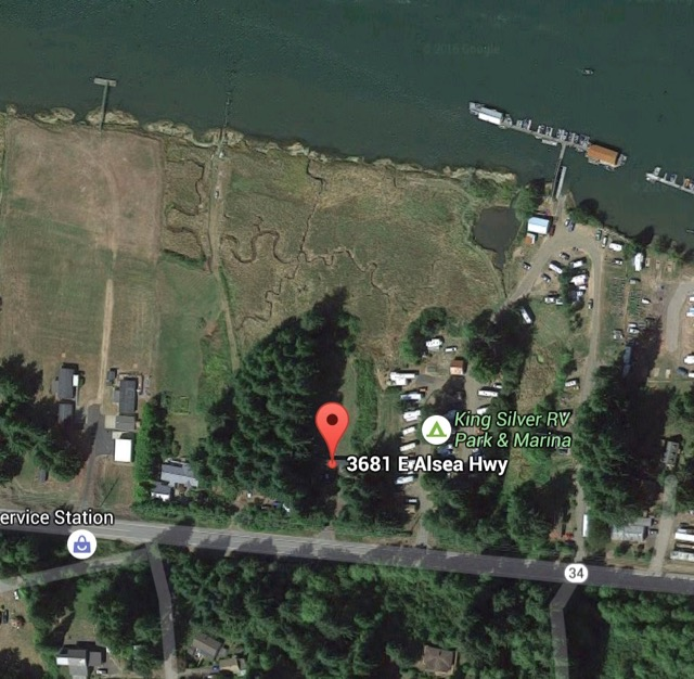 Small grass fire next to Silver King RV Park Google Maps