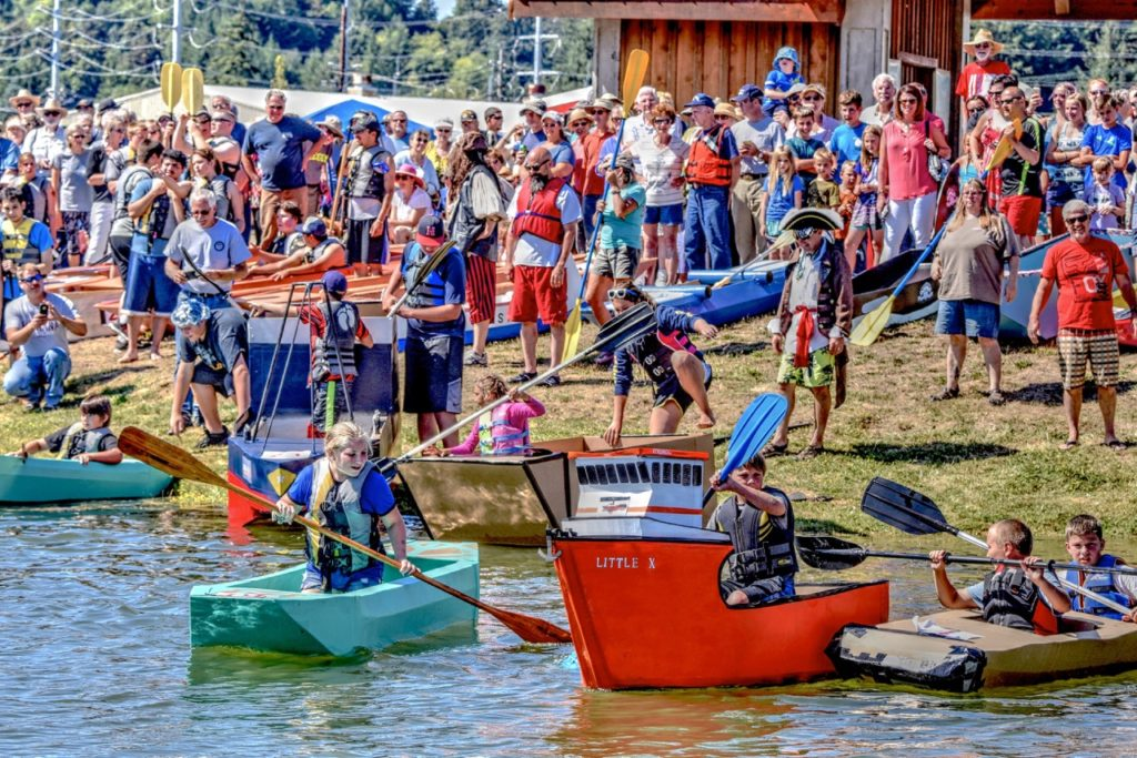 """""""Ladies and gentlemend - start your paddles!"""" Ken Gagne photos"""