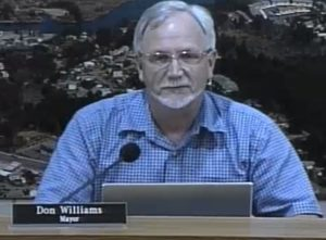 Don Williams Mayor of Lincoln City