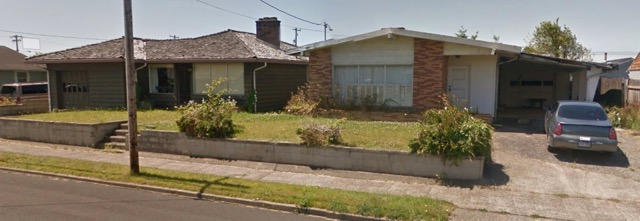 645 & 655 NW Nye Empty for decades - city declares them a health and safety threat to the community.  Will be torn down unless owner does something about the properties.