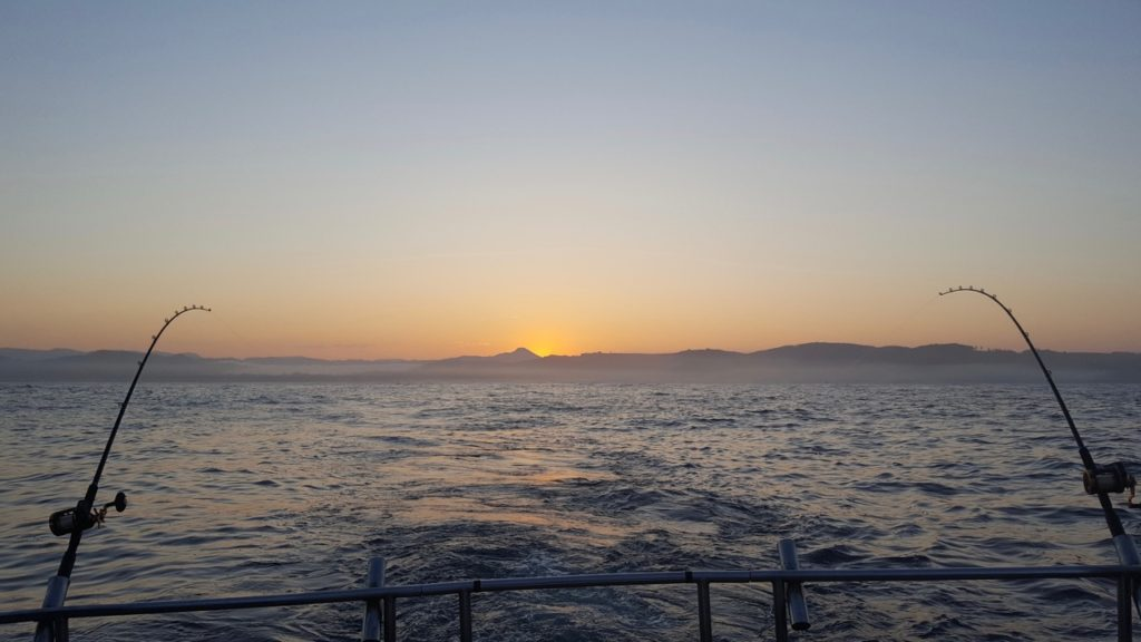 "Last Salmon Sunrise of 2016 Captain Dave about ""The Smokin' Reel"" off Depoe Bay"