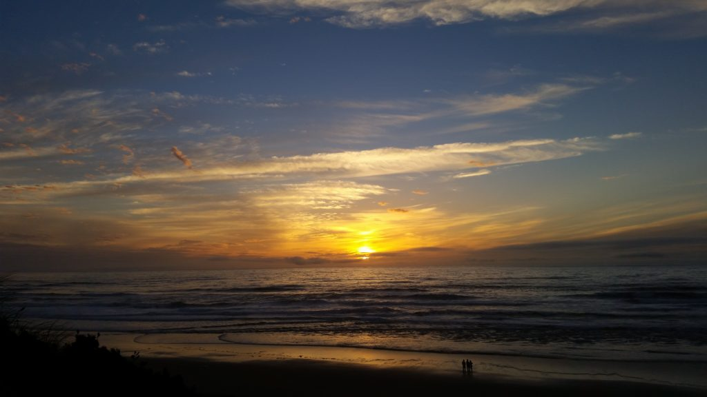 Sunset in Lincoln City Pauline Morrison