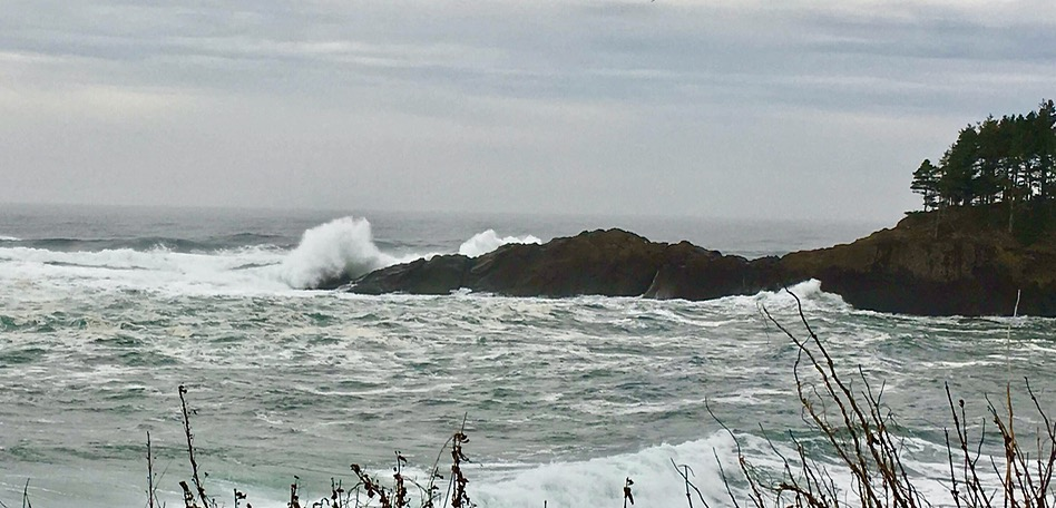 Waves crashing the north end of the bay... Jean Matlock